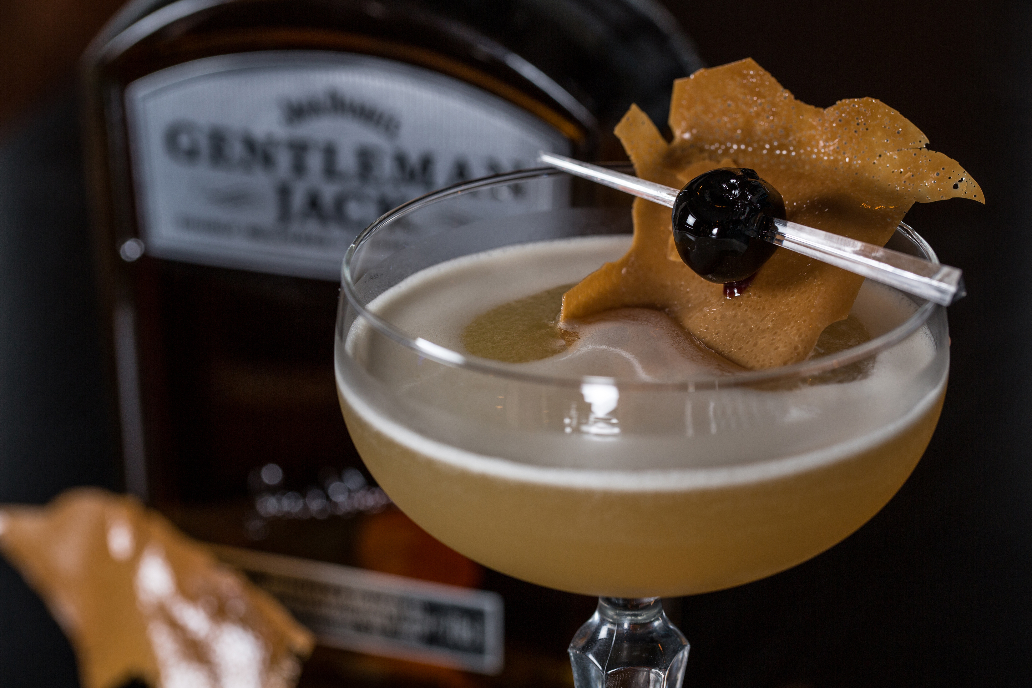 cocktail photograph with gentleman jack whiskey