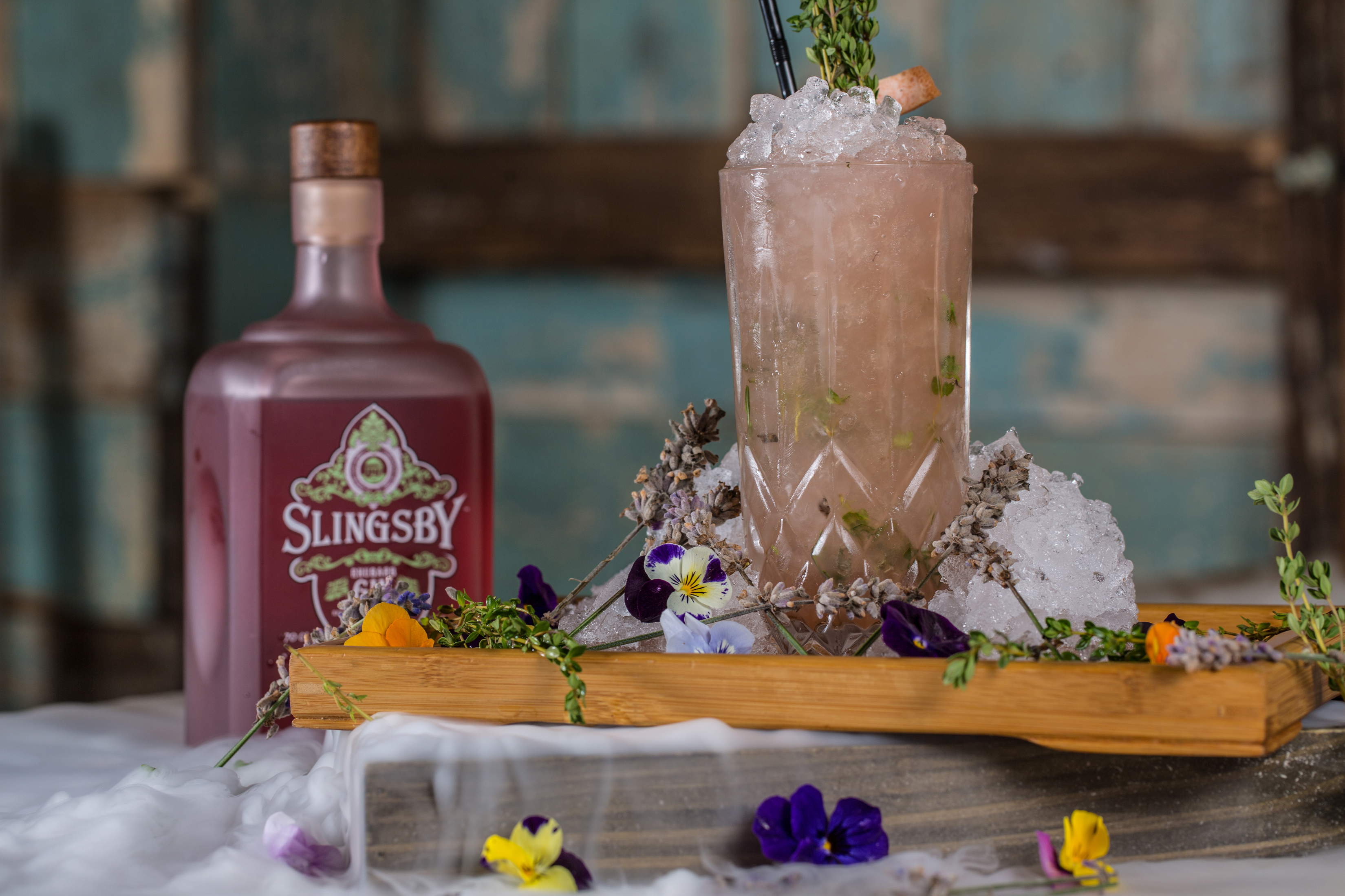 cocktail photograph with slingsby gin and dry ice.
